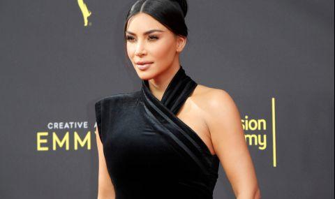 Ким Кардашиян се похвали с нови диамантени зъби