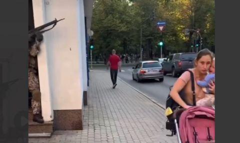 В Рига проведоха военно учение, без да предупредят хората (ВИДЕО) - 1