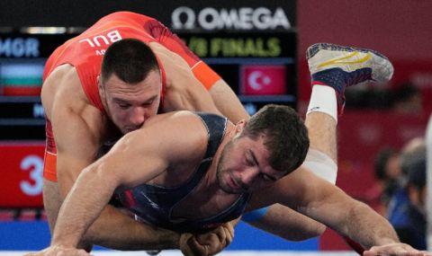 Милов загуби на 1/4-финалите и ще се надява шампионът на Азия да го изтегли на репешажите - 1