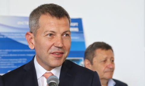 Министърът на транспорта: Ще засилим контрола над нерегламентираните превози на пътници