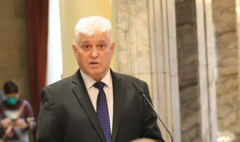 Главният секретар на президента: Какво направиха властите, за да осигурят правото на вот на българите в чужбина?
