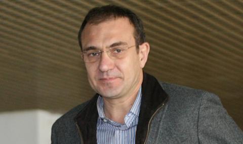 Гуцанов: Невъзможно е да се говори за коалиция между БСП и ГЕРБ