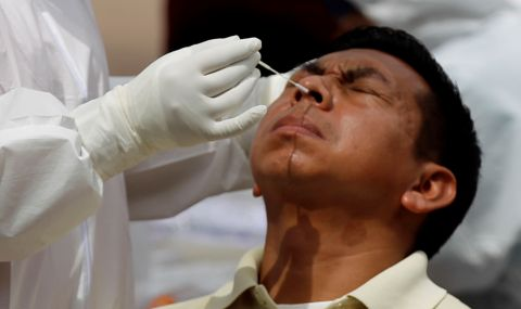 Частни компании ще купуват ваксини срещу коронавирус