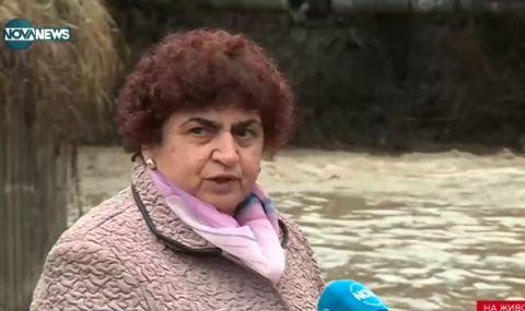 Опасно високи нива на река Искър, жена се спаси на косъм