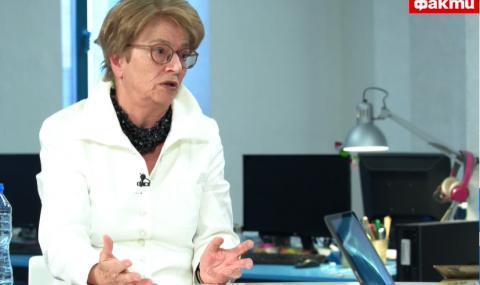 Копринка Червенкова за ФАКТИ: Противопоставят ген. Мутафчийски на президента Радев