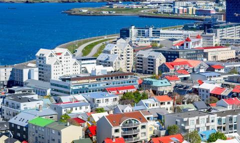Исландия: Растат опасенията от образуването на имотен балон