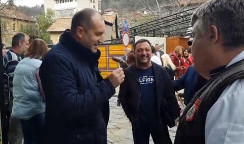 Кебапчия отказа да продаде скара на президента и съпругата му (ВИДЕО)
