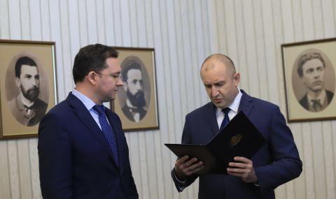 Митов каза дали ще е кандидат за президент и нападна Радев - 1