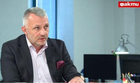 Адв. Хаджигенов пред ФАКТИ: В МВР целенасочено биват издигани и назначавани идиоти