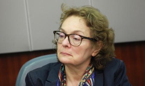 """Румяна Коларова: Няма здравомислещ българин, който би подкрепил """"Отровното трио"""