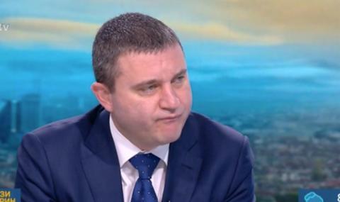 Горанов: Да хвърляме пари от хеликоптери ли?
