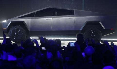Над половин милион са поръчали пикапа на Tesla