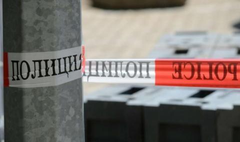 Разложен труп без самоличност се озова в автомобил на оживен паркинг