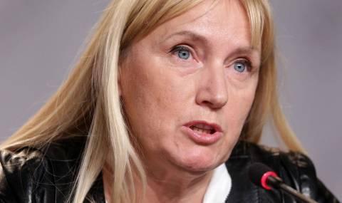 Йончева отговори на Каракачанов за двата шамара