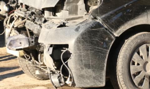 Двама ранени при катастрофа в Смолянско