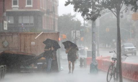 4 жертви на тропическа буря в САЩ, 3 млн. души са без ток