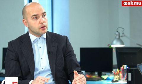 Адв. Камен Добрев за ФАКТИ: Това е пълзящ преврат – Прокуратурата обявява война на службите