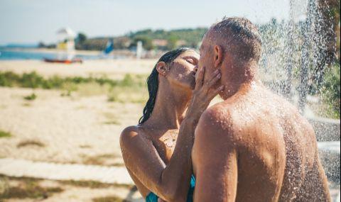 200 души правят секс под открито небе, полицията смята да се намеси