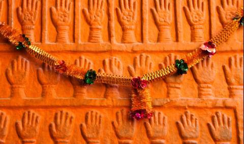 Зловещата индийска традиция, която и до днес плаши света