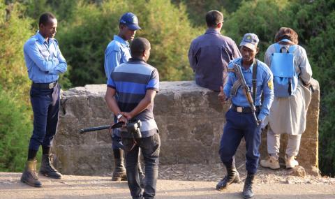 Десетки загинаха на протести, породени от убийството на певец