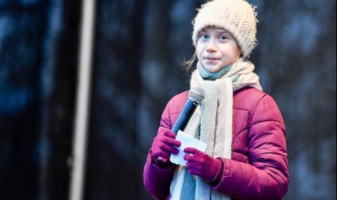 Майката на Грета Тунберг: Спря да яде, спря да се смее