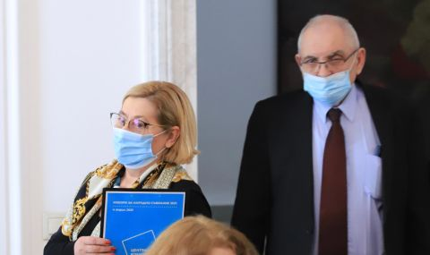 ЦИК тегли жребия за партийните номера в бюлетината