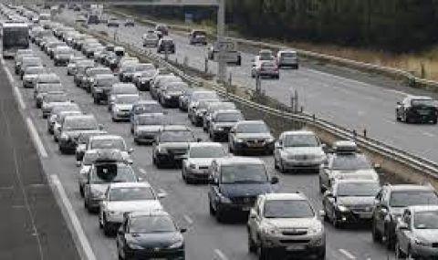 Ден първи от ваканцията: Натоварен трафик, катастрофи и засилен контрол от КАТ