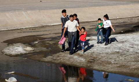 Броят на бежанците от Венецуела расте