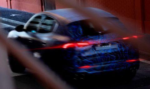 Maserati показа ново SUV в противоречиви снимки - 1