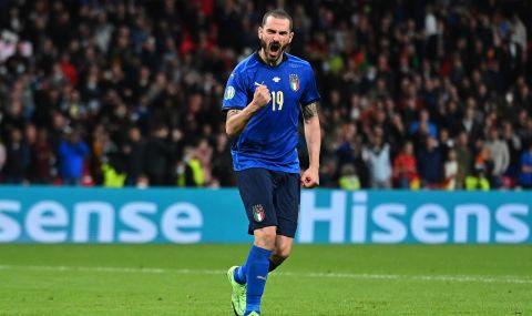Гаф на UEFA EURO 2020: Стюард спря национал на Италия да влезе на терена (ВИДЕО) - 1