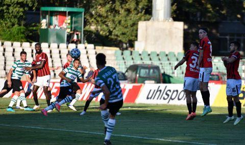 Куп пропуски лишиха Черно море от победата срещу Локо Пд във Варна - 1