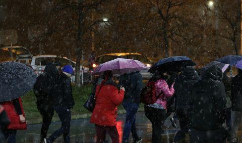 Член на СИК в Пловдив припадна от умора
