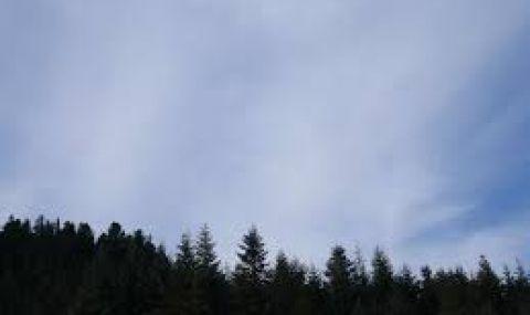 Идат облаци от Югозапад, ветровито в планините