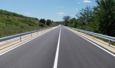 Дават 50 бона за нови правила по пътищата