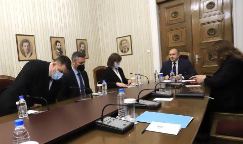 Румен Радев не изключва връчване на трети мандат