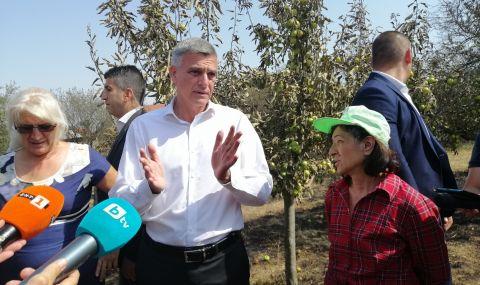 Премиерът: Държавата ще направи всичко възможно за хората от Старосел, чиито домове изгоряха - 1