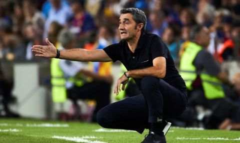 Бивш играч на Барселона: Валверде не можеше да говори с играчите