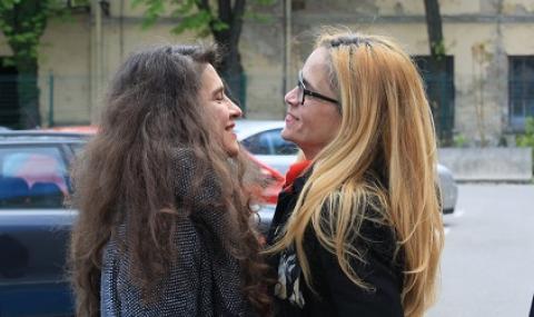Иванчева и Петрова показаха скандално ВИДЕО