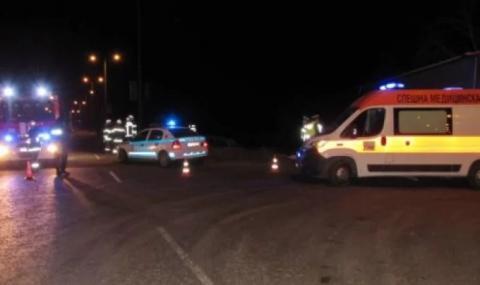 Млад мъж с влекач убил учениците в Сливо поле