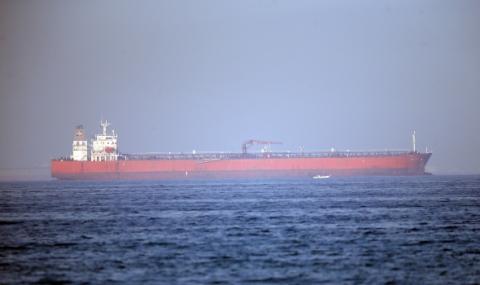 Иран задържа чуждестранен петролен танкер