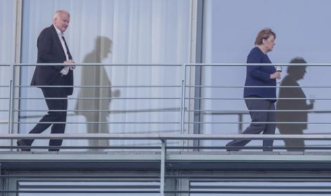 Меркел: Да спасим коалицията (СНИМКИ)