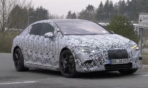 Mercedes тества нов електрически модел на Нюрбургринг (ВИДЕО)