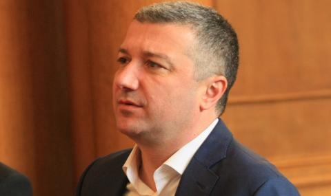 Стойнев: ГЕРБ и ДПС изнасилват демокрацията