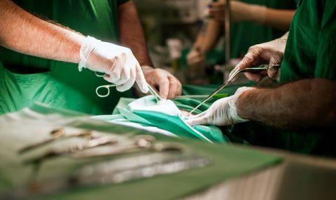 Испански лекари извършиха за първи път двойна трансплантация