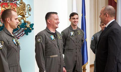 Президентът ще посети Висшето военновъздушно училище