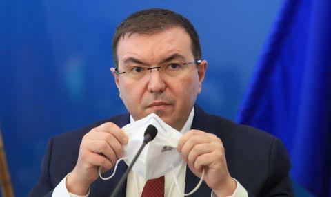 Ангелов разпореди проверка за ваксинирането на съветници в Сандански