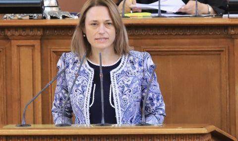 Полк. д-р Илия Илиев: Ива Митева няма нищо общо с ИТН, тя е високо образована