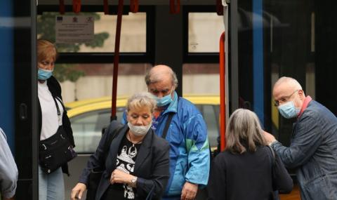 Внимание! По-чести проверки за маски в градския транспорт