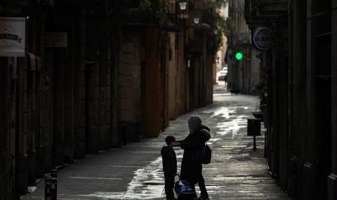 Българка, живееща в Испания, пред ФАКТИ: Държавата тук ще помогне на хората с 200 млрд.