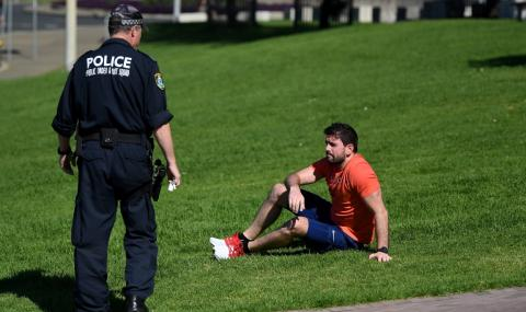 Австралия гони всички чужденци, които са останали без работа